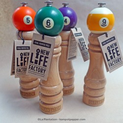 "Pepper Mill - Billiard Ball - ""The Retro"" Model"